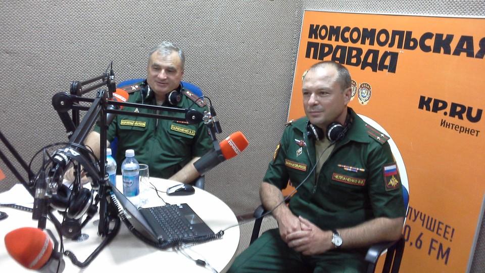 Представители военного комиссариата региона с гордостью рассказали в эфире о военнослужащих женщинах