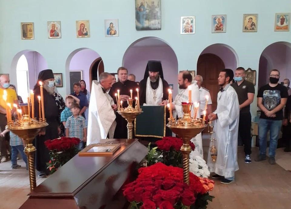 Только вчера похоронили иеросхимонаха Гавриила. Фото: пресс-служба Урюпинской епархии.