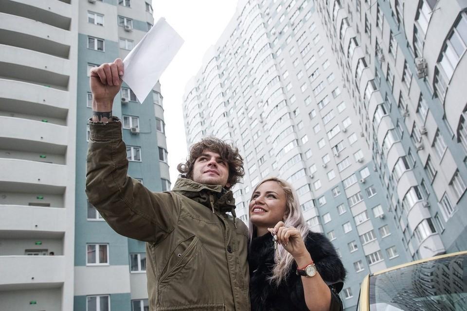 Минимальная ставка, доступная в рамках стандартных программ на приобретение квартир в новостройках, теперь составляет от 7,9% годовых, готового жилья – от 8,1%.