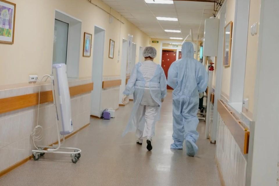 За все время коронавирус в ЛНР выявлен у 19 671 человека